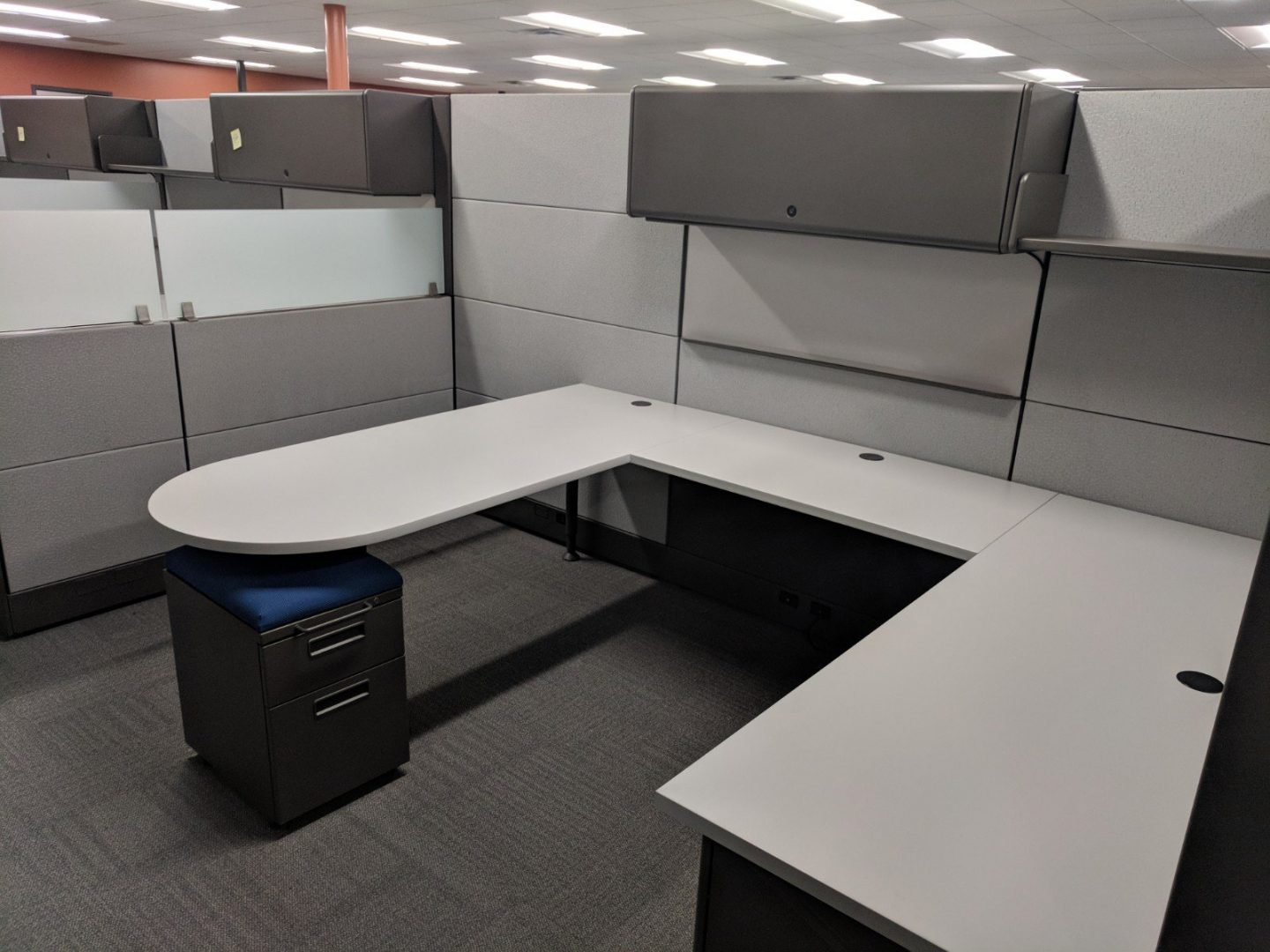cubicle with grey panels